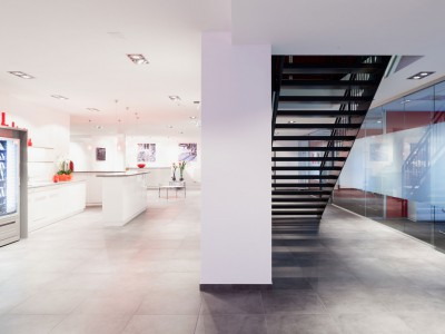 Verwaltungsgebäude Firma Aumann, Innenansicht. PODUFAL - WIEHOFSKY Generalplanung , Architekten, Ingenieure
