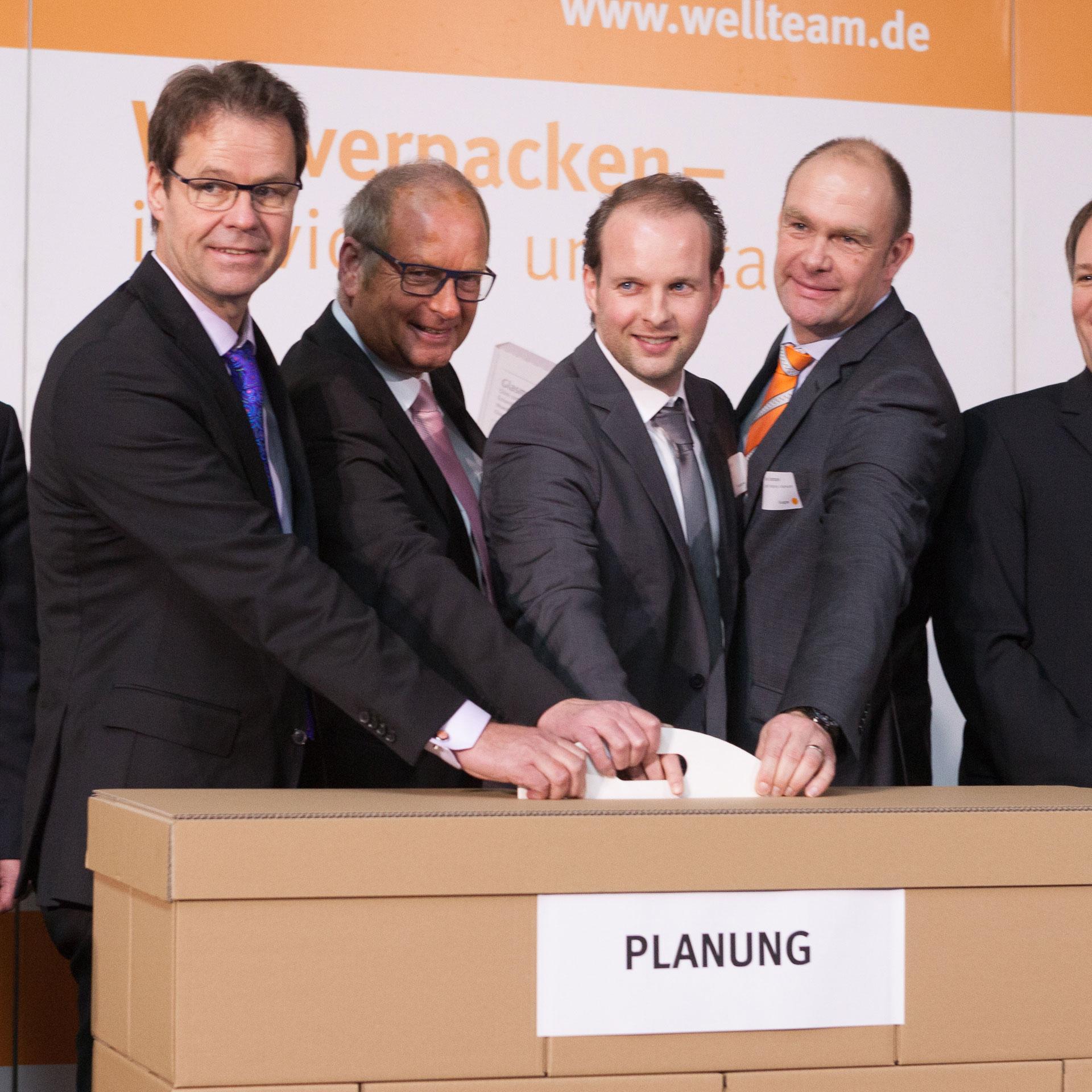 Das Planungsteam bei der Eröffnungsfeier der Firma Wellteam