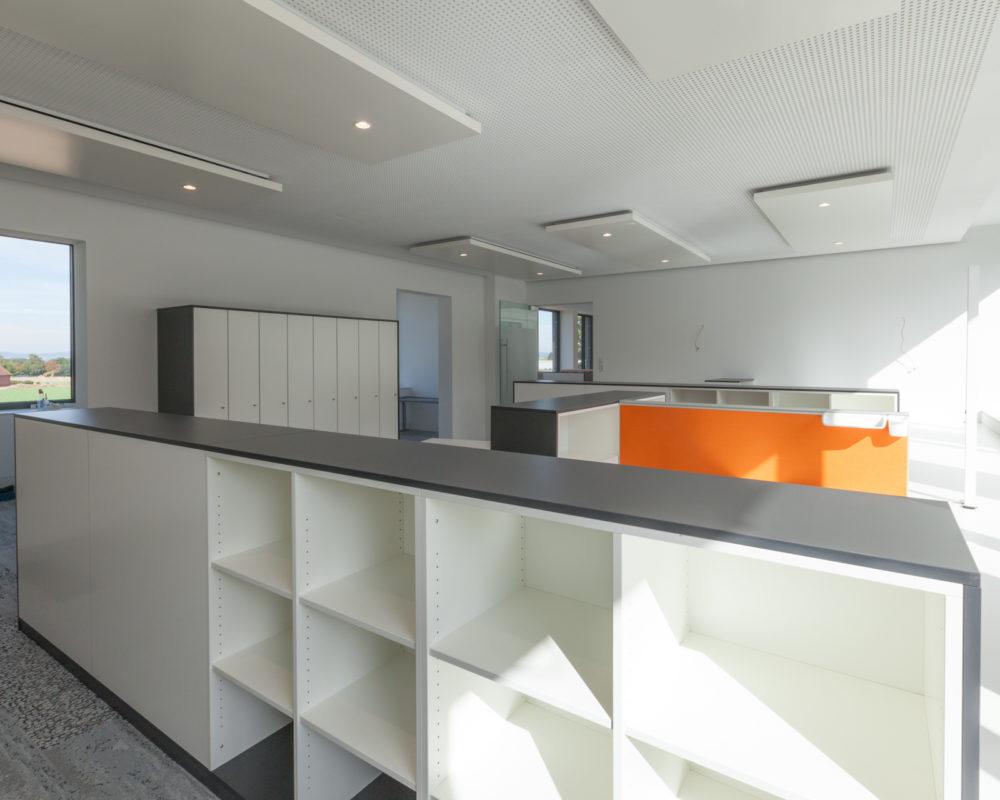 PODUFAL - WIEHOFSKY Generalplanung, Architektin und beratender Ingenieur, PartmbB. Büroraum mit Akustik - Elementen